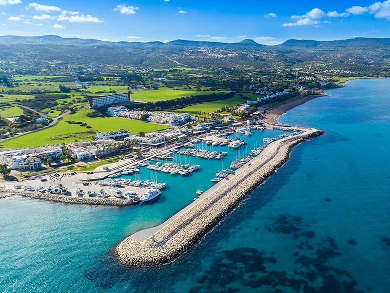 Latchi auf Zypern von oben