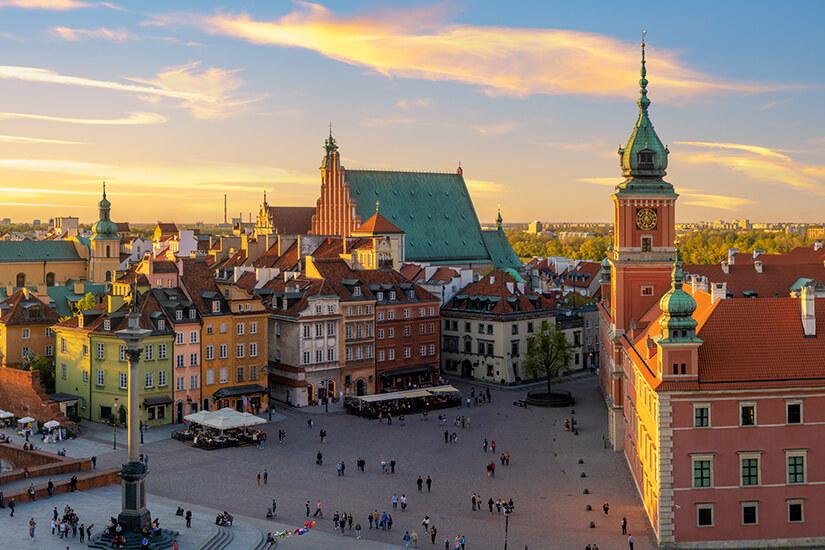 Altstadt von Warschau bei Sonnenuntergang