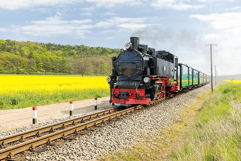 Der Rasende Roland ist auf Rügen unterwegs