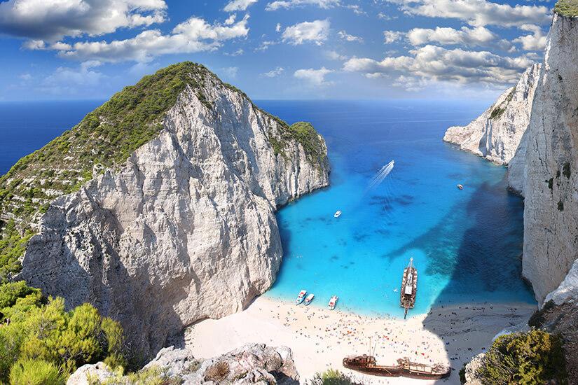 Schiffswrack-Bucht mit Navagios Strand