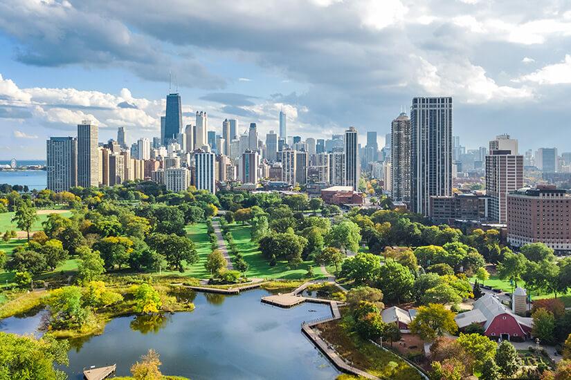 _Blick auf die Skyline von Chicago und Lincoln Park