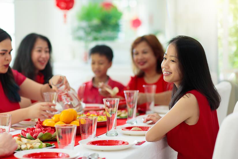 Viele Chinesen feiern das Neujahrsfest mit der Familie