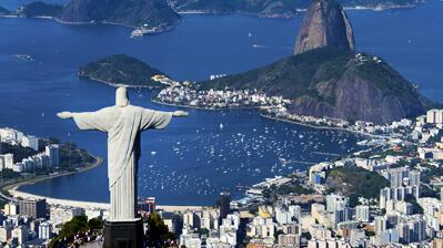 Die Jesusstatue und der Zuckerhut von Rio