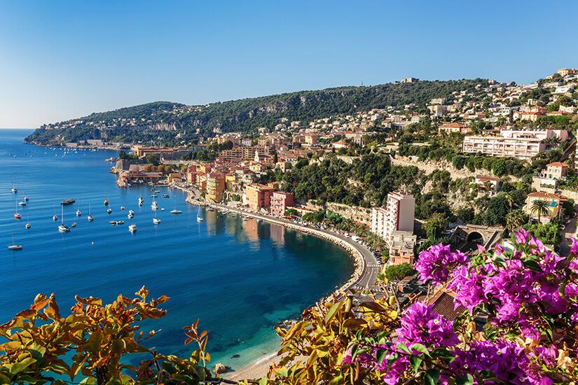 Panoramablick auf die Côte d'Azur nahe Villefranche-sur-Mer