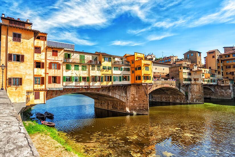 Die Ponte Vecchio ist ein beliebter Anziehungspunkt