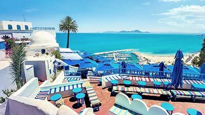 Tunesien Hotelterrasse Meerblick