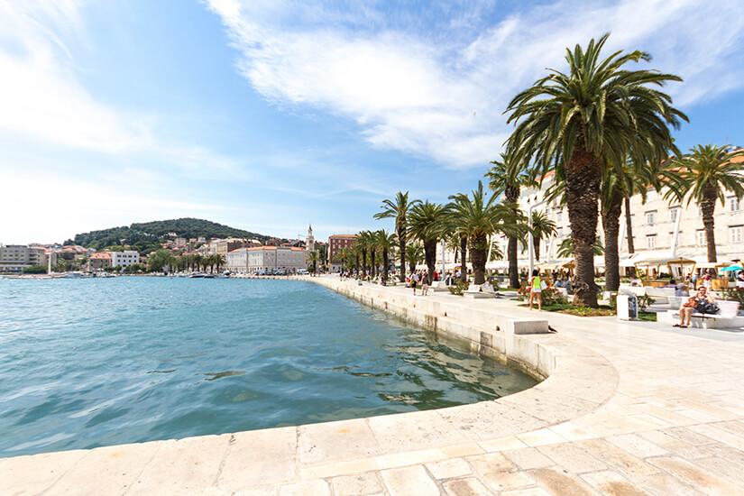 Hafenpromenade Riva