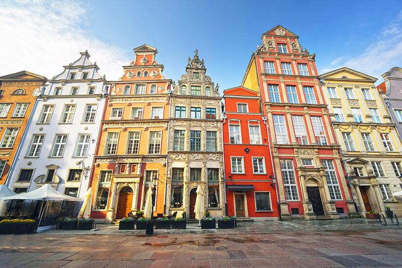 Schmale Stadthäuser in der Danziger Altstadt