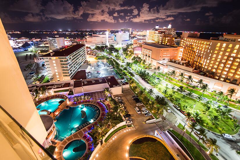 Cancún bei Nacht