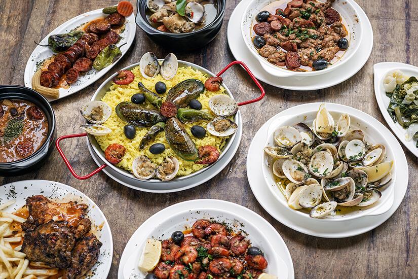 Auswahl an portugiesischen Speisen