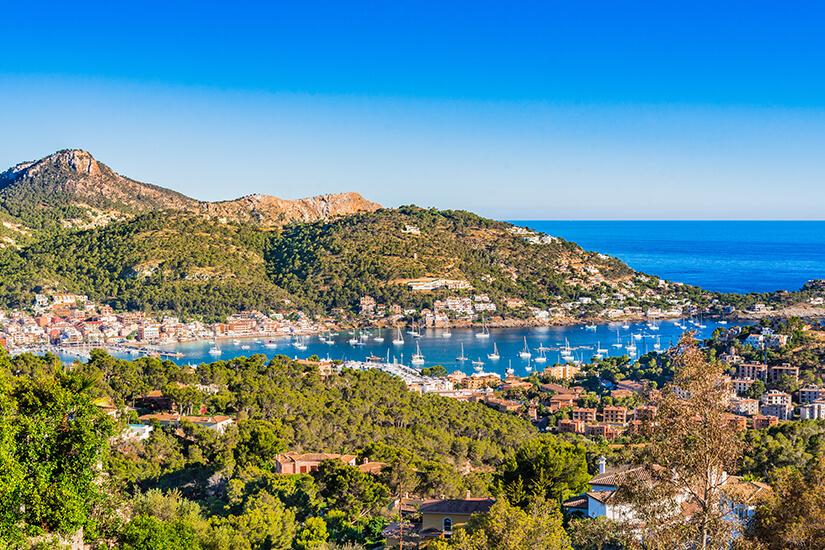 Blick auf das luxuriöse Port Andratx