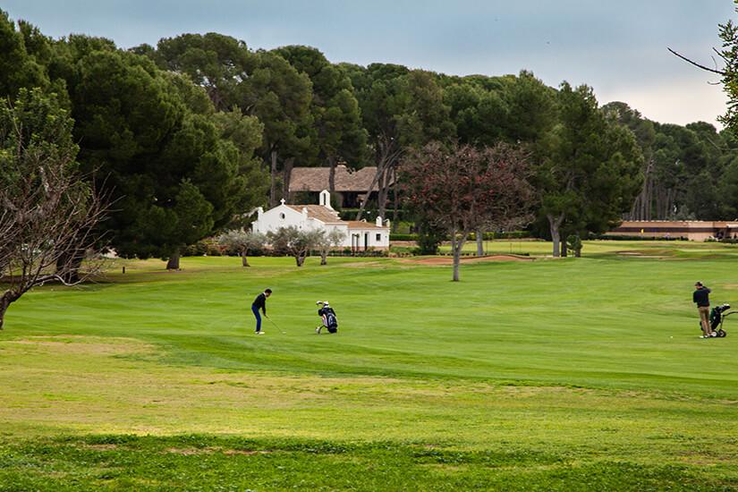 Weitläufiger Golfplatz auf Mallorca