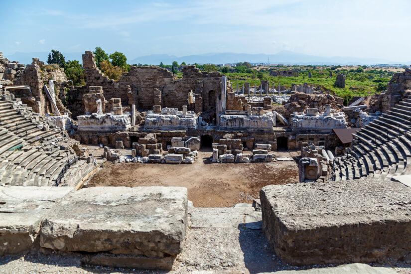 Blick auf das römische Theater