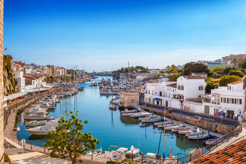 Altstadt von Ciutadella mit Hafen