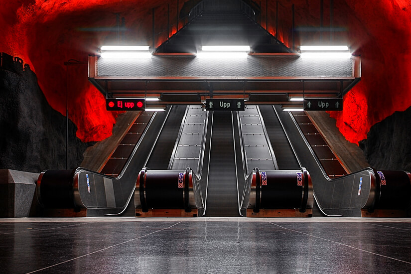 Künstlerisch gestaltete U-Bahn-Station in Stockholm
