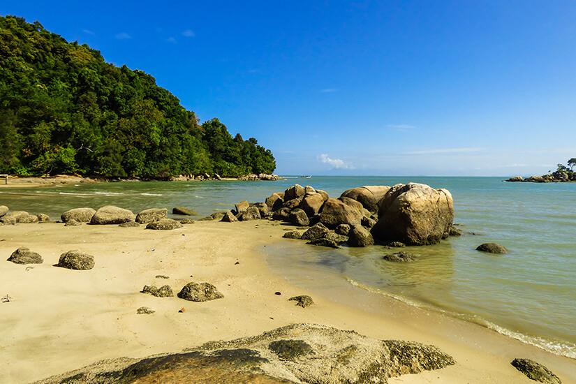 Strand im Nationalpark von Penang