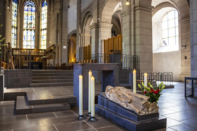 Grab des Apostels Matthias