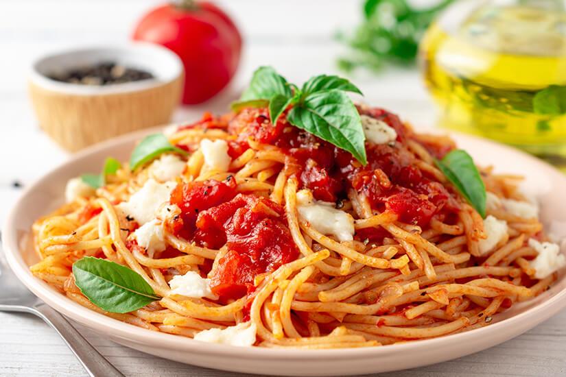 Der Klassiker Spaghetti mit Tomatensosse