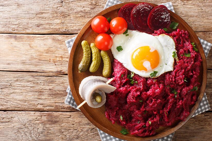 Labskaus ist eine typisch norddeutsche Speise