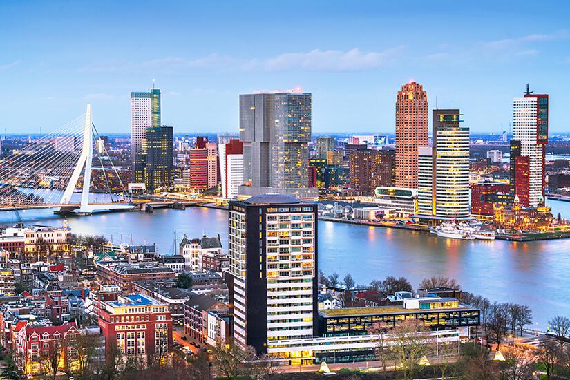 Rotterdam mit Wolkenkratzern