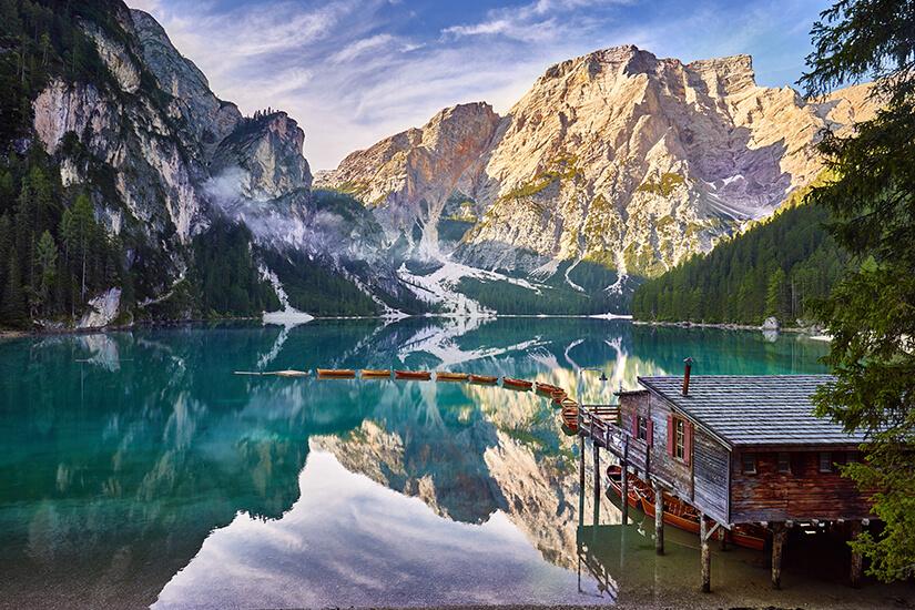 Der Pragser Wildsee als Perle der Dolomitenseen