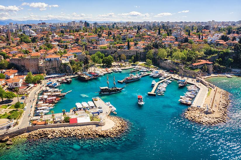 Der alte Hafen von Antalya
