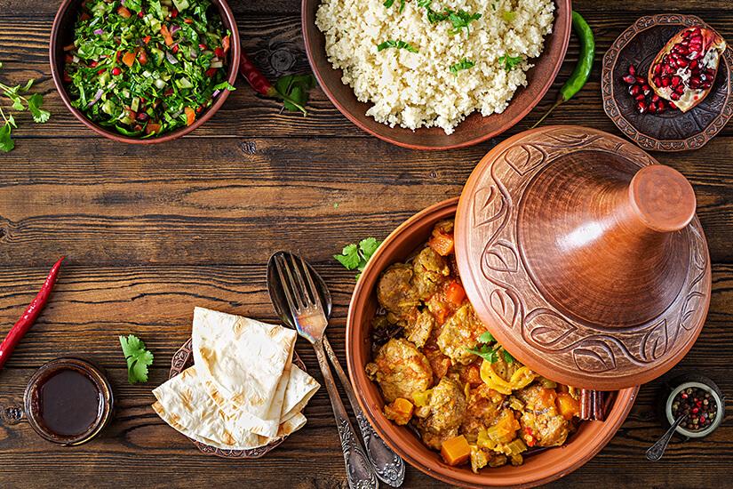 Arabisches Essen in der Tajine