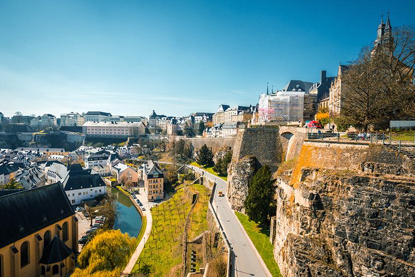 Luxemburg an der Alzette im Sommer