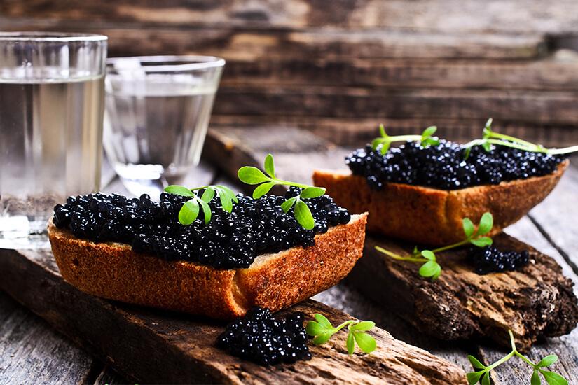 Schwarzer Kaviar ist eine Delikatesse