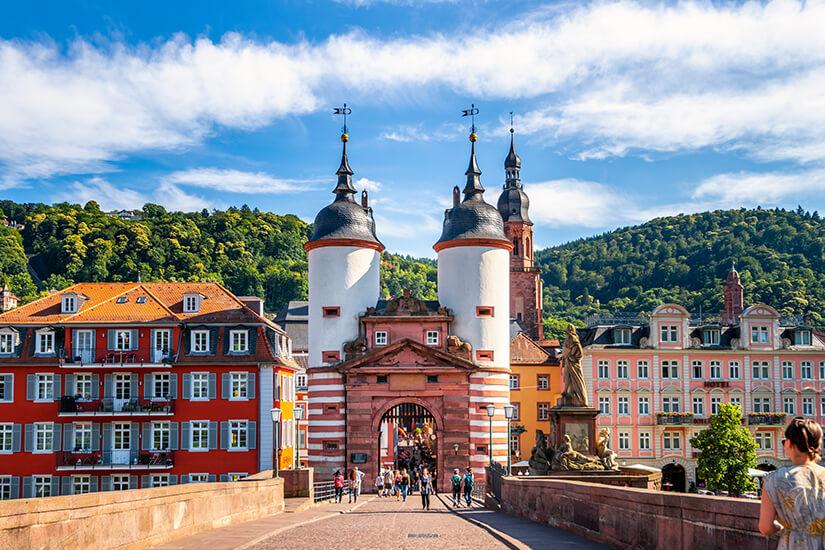 Ueber die alte Bruecke in Heidelberg