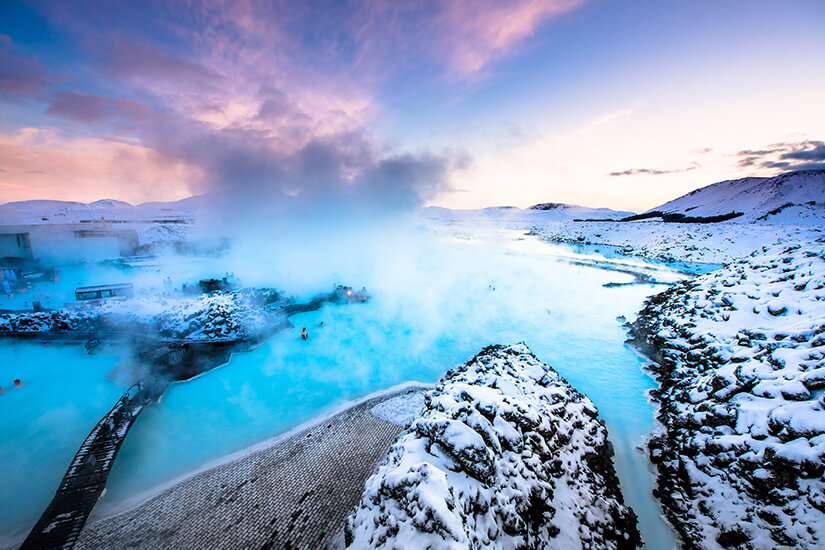 Die Blaue Lagune ist eine heisse Quelle