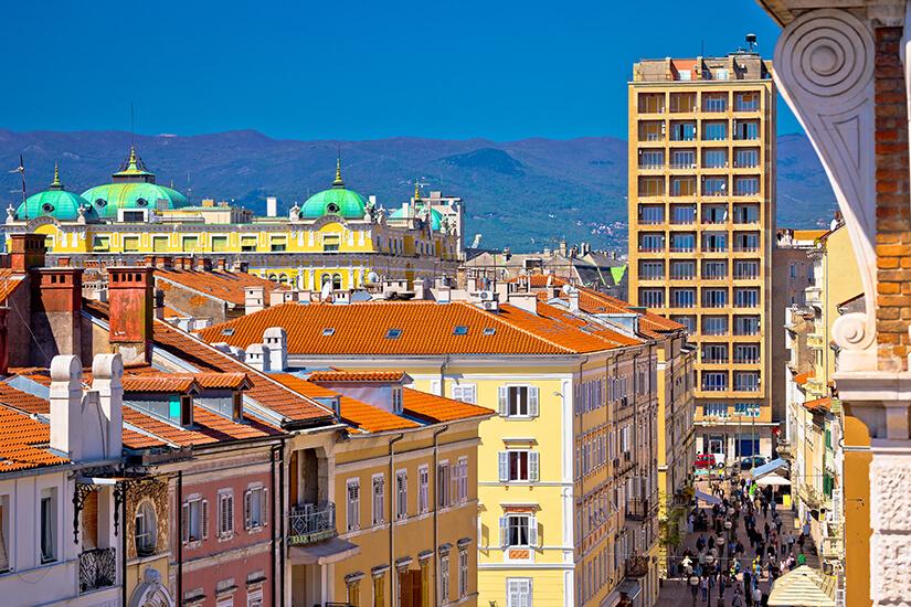 Der Korzo ist das Zentrum von Rijeka