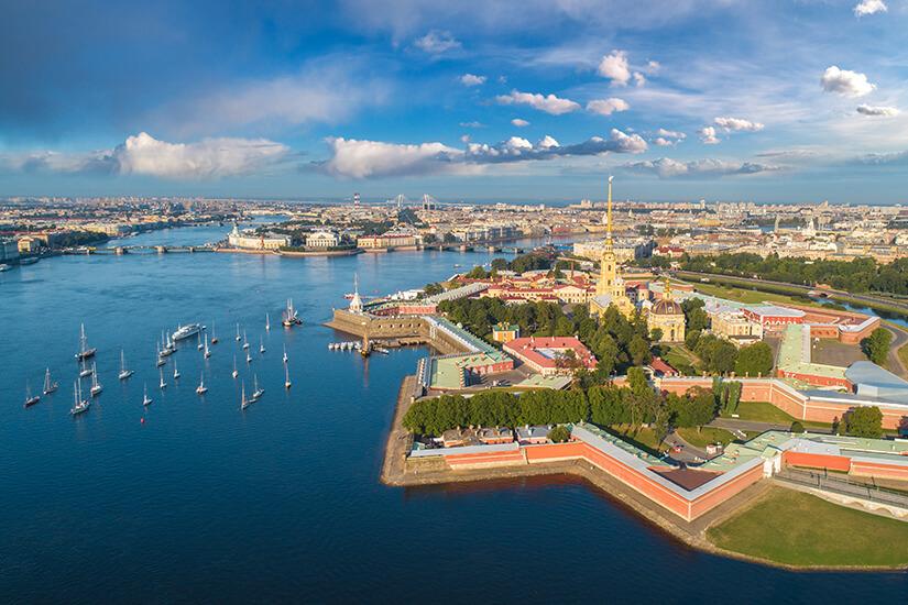 Sternfoermige Peter und Paul Festung in St. Petersburg