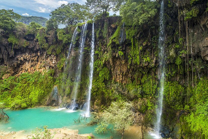 Wasserfall am Wadi Darbat