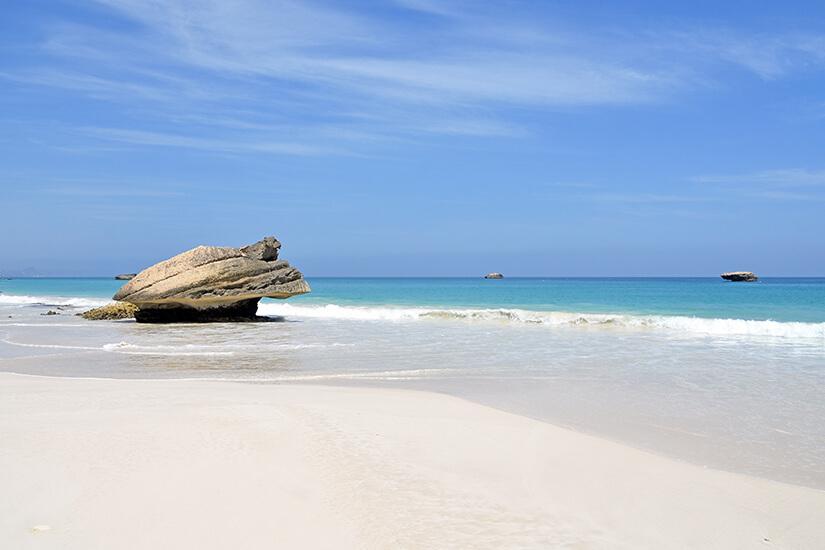 Traumhafter Fazayat Beach bei Salalah