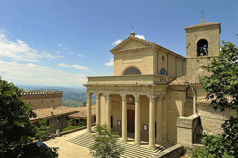 Basilika San Marino im klassizistischen Baustil