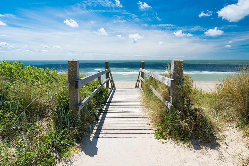 Strandaufgang in Zeeland in Holland