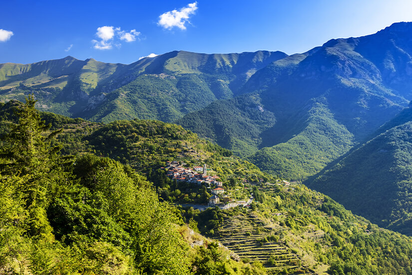 Blick auf die Ligurischen Alpen
