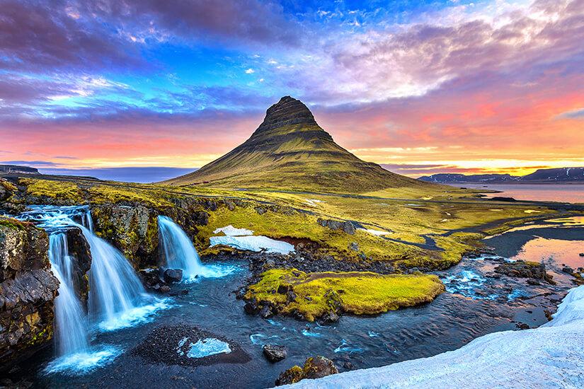 Sonnenaufgang in Island