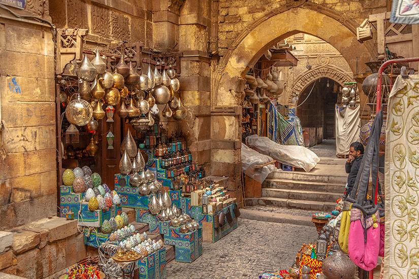 Traditionelle Waren auf dem Chan el-Chalili Basar