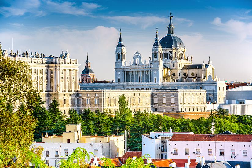 _Koenigspalast und Kathedrale von Madrid