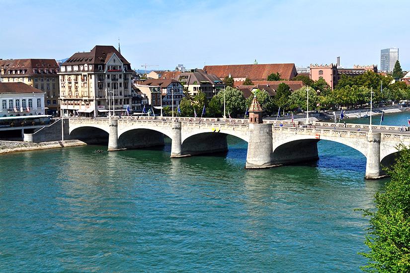 Mittlere Bruecke in Basel