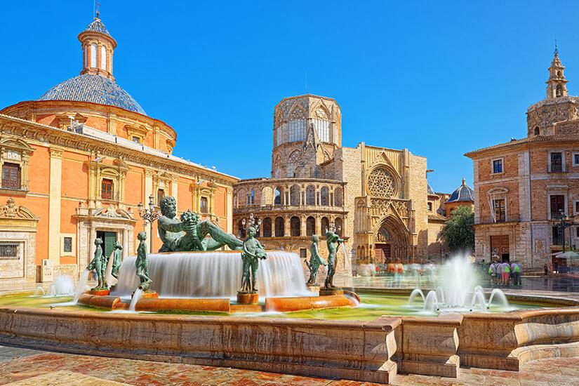 Plaza de la Virgen in der Altstadt von Valencia
