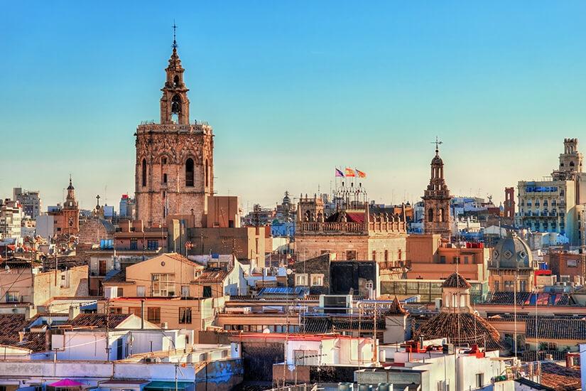 Valencias Altstadt zur goldenen Stunde