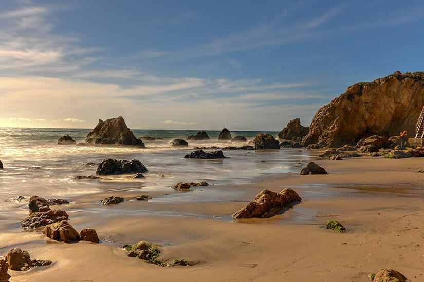 Menschenleerer El Matador State Beach