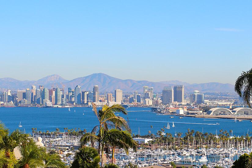 Hafen und Skyline von San Diego
