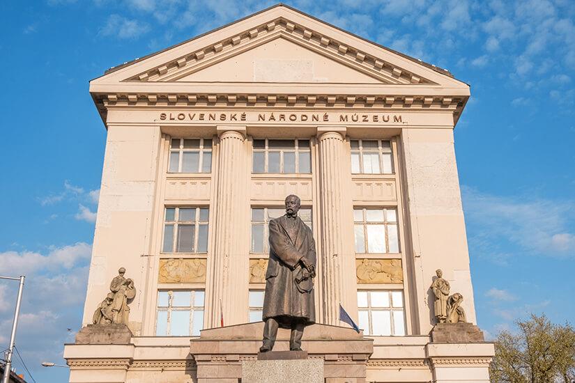 Slowakisches Nationalmuseum von aussen