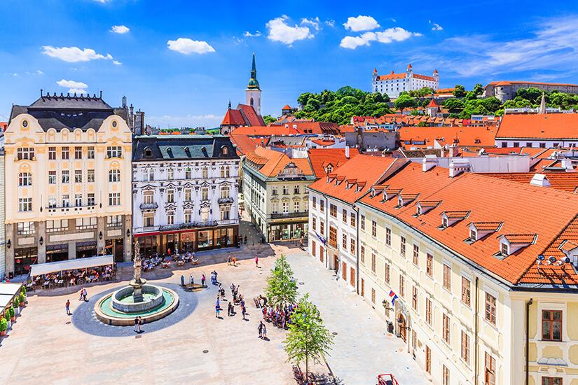 Marktplatz in der Altstadt von Bratislava