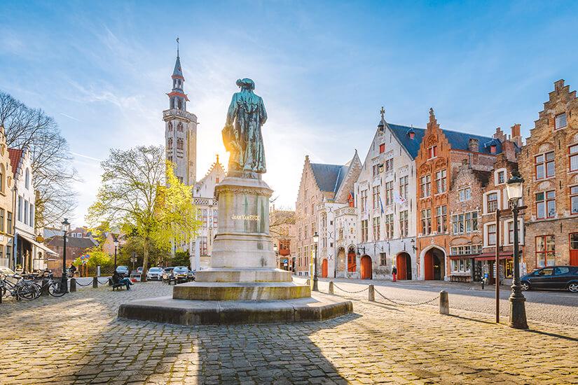 Jan-van-Eyck-Platz in Bruegge