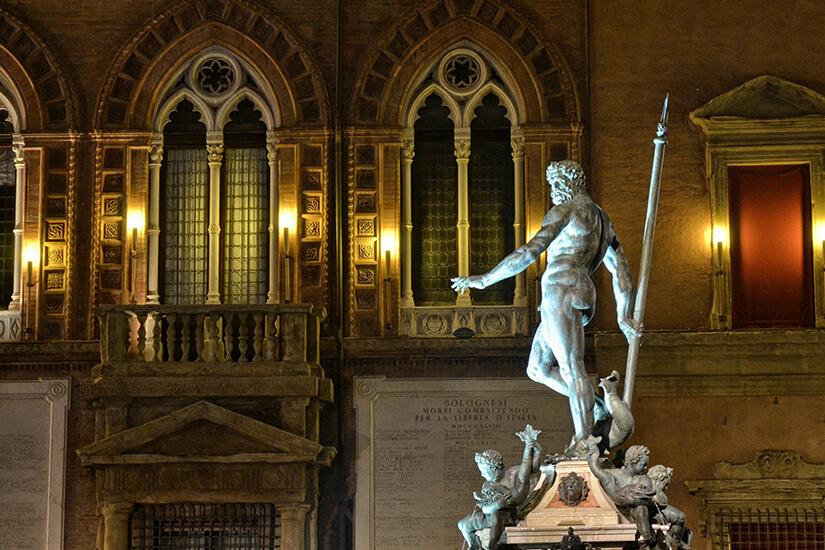 Neptunbrunnen am Abend